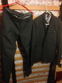 Original Italian Sonny Bono Men's Suit, Jacket + Trousers, Slim Fit size 46. Only £30.00!!