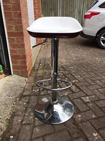 Bar stool/s