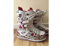 Womens Burton Sapphire Snowboard Boots - Size 7