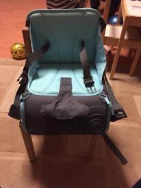 Munchkin travel baby booster seat