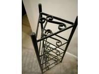 Black metal kitchen pan stand