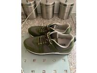 Moschino trainers size 4