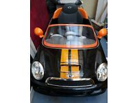 Mini Cooper ride on car. Originally £250.used twice!