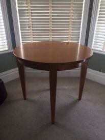 Solid pine round folding dining room table
