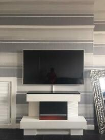 Professional tv wall mounting service from £30