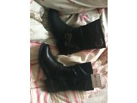 BNWT lotus boots