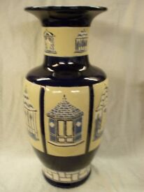 LARGE POTTERY VASE, DECORATED IN BLUES AND CREAM. 21 INCHES HIGH, 10 INCHES DIAMETER