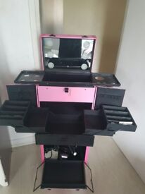 Make up and hairdressing trolley with inbuilt lights
