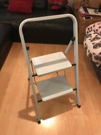 Two step foldable ladder
