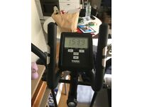 BRAND NEW YORK CROSS TRAINER ACTIVE 1100