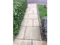 FREE RIVEN PAVING SLABS