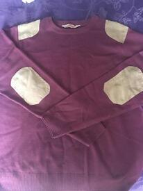 Burgundy men's jumper size large
