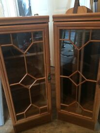 Display cabinets/ units