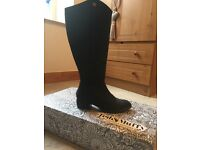 Nearly new black nubuck leather ted & muffy boots, size 38