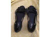 Sandal size 7 NEW