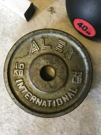 2 x 10kg Cast Iron Olympic Plates - Weights Gym