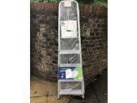 Abru 5 tread DIY step ladder brand new