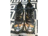 Dr. Martens size 9 WORN TWICE in new condition.