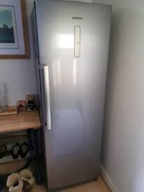 Samsung frost free fridge. Almost new.