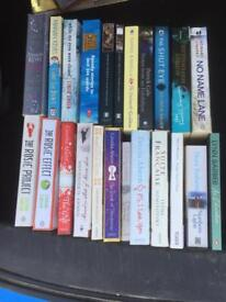 Mixed Collection of 23 Ladies / Female books Cecilia Aherne, Marian Keyes, Sophie Kinsella
