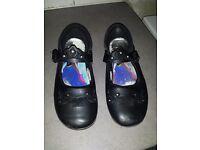 School shoes size 3