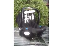 Mothercare Car Seat/Carrier (Rm-f8013m) vgc