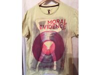MORAL EVIDENCE T SHIRT AMAZING CONDITIONS ONLY 3 SIZE M