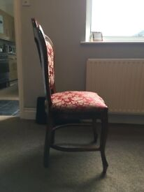 Set of 8 pholstered chairs. £20 each ono