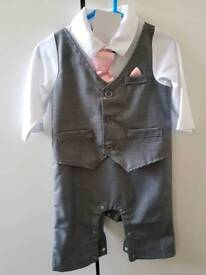 Baby suit 3-6 months