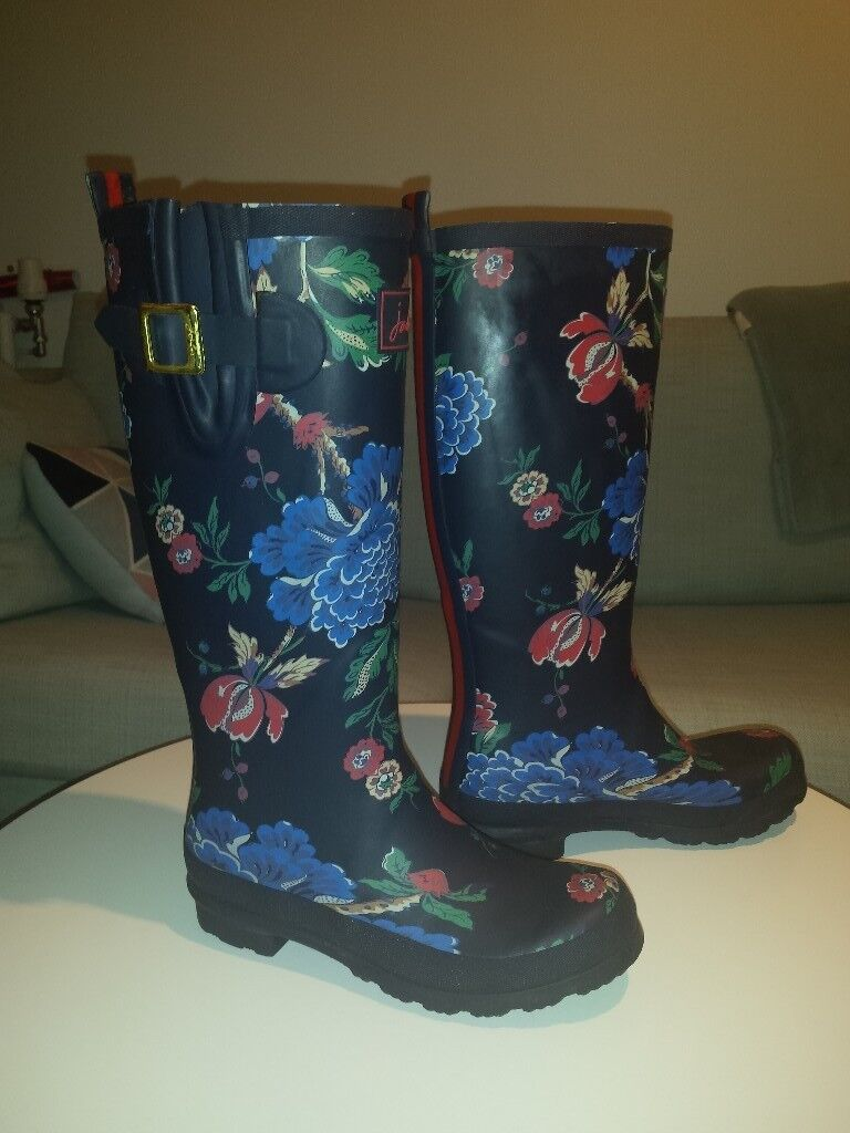 4b3f8738313 Joules Women's full length Wellington Boots (R_WELLYPRINT) Navy Floral 4 UK  £30 Kennington SE11 5NG   in Lambeth, London   Gumtree
