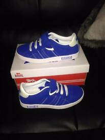 C13 trainers new