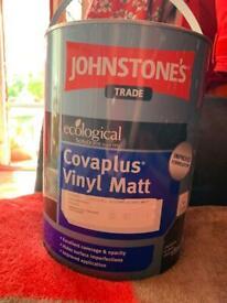 Johnstone's Vinyl Matt paint stone #28