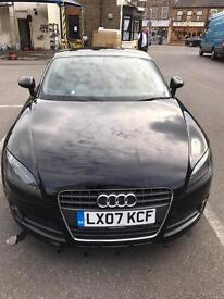 Audi 1.8 black TT