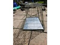 Med size dog cage for hatch back car