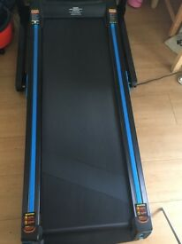 EVERLAST 10000S Treadmill