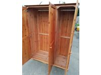 Treble pine wardrobe