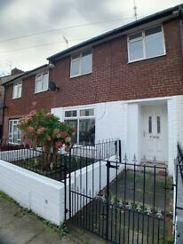 Three Bedrooms House with in L4 on Chirkdale Street