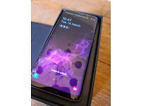 Lilac Samsung S9 mobile phone (broken screen)