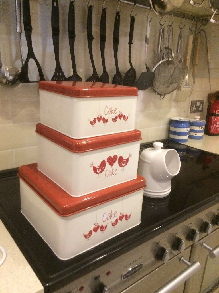 Three Lovely Red And White Cake Tins That Fit Inside Each Other Only