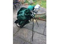 Set of 13 left handed golf clubs including bag