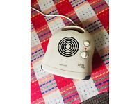 Small but Strong Electric Heater for your personal space. Only £5 home clearance