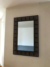 Chic Decorative Mirror With Metal Frame