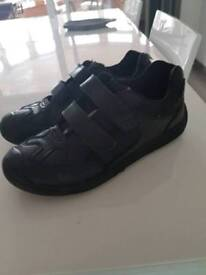 Size 5 school shoes