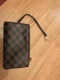 LOUIS VUITTON CLIP ON - BRAND NEW