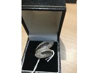 Woman 1.5 ct Black and white diamonds in 9 ct yellow gold Ring