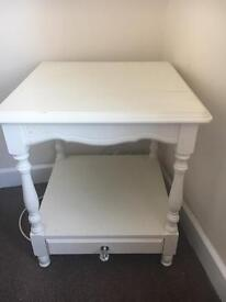 2 white side tables. Ideal shabby chic project