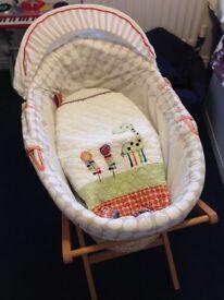 """Mamas and Papas """"jamboree"""" moses basket"""