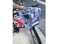 New Looxs Removable front basket with integral waterproof cover and Smart Lock system