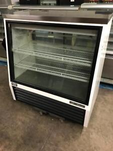 4ft ( 48 true deli / pastry display fridge for only $2100 ! ) 50% off! Only 1 available
