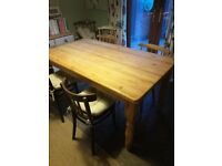 Solid pine traditional kitchen table